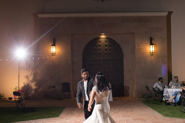 View More: http://taranicholephoto.pass.us/nguyen-jeyakumar-wedding